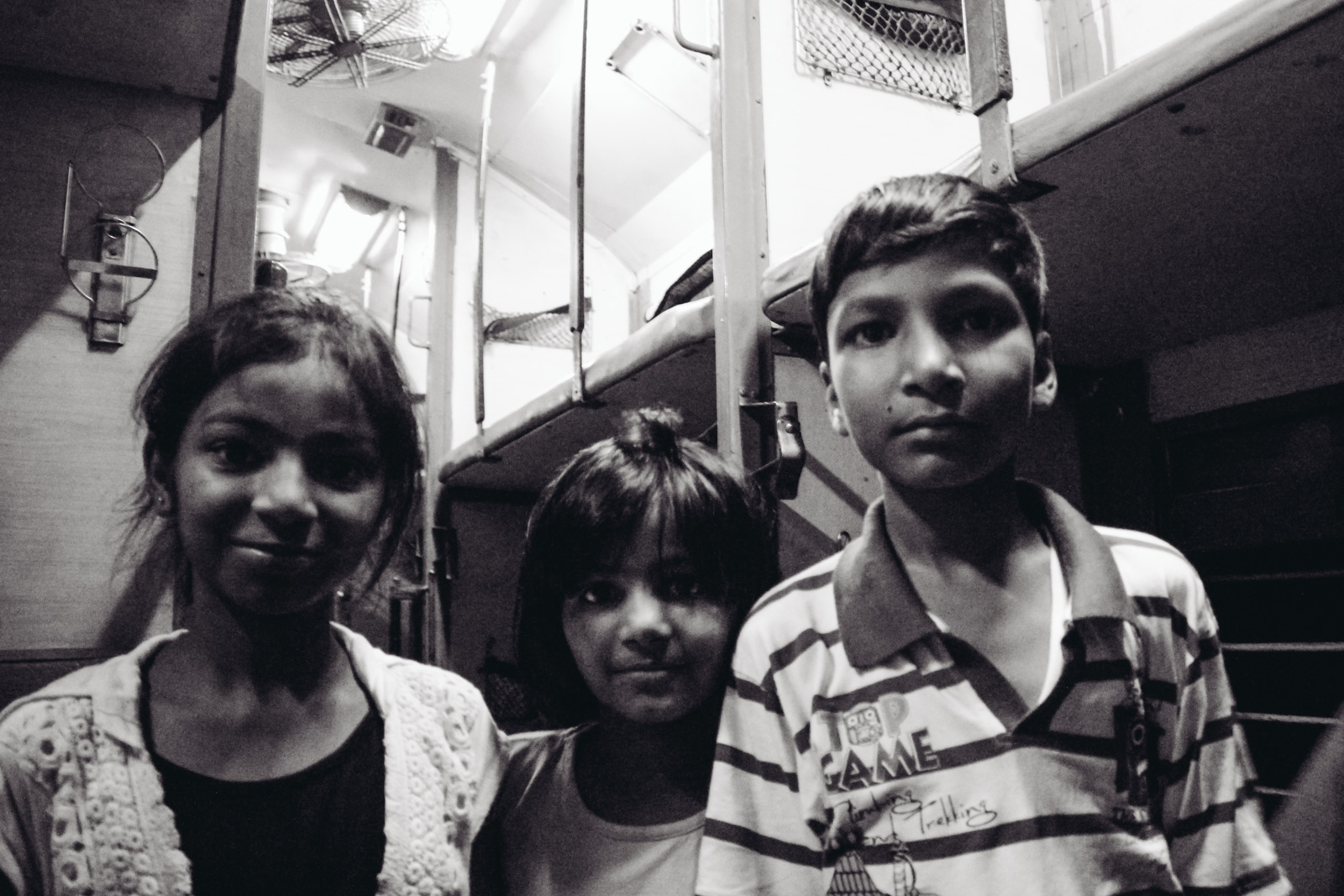 the-travel-stories-27-hours-train-india-lukas-sommer-9094